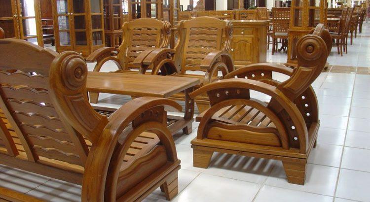 Wooden Furniture Vs Plastic Furniture – Home Accessories Shop